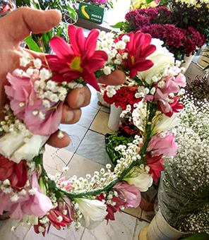 פרחי פנחס - זר לראש